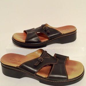 Clark's 8.5 Open Toe Black Leather Sandals